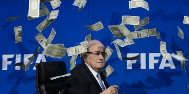FIFA-caos: Blatter indagato. Annullata conferenza per i Mondiali in Qatar