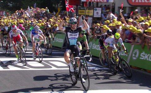 Tour de France, Cavendish davanti a tutti