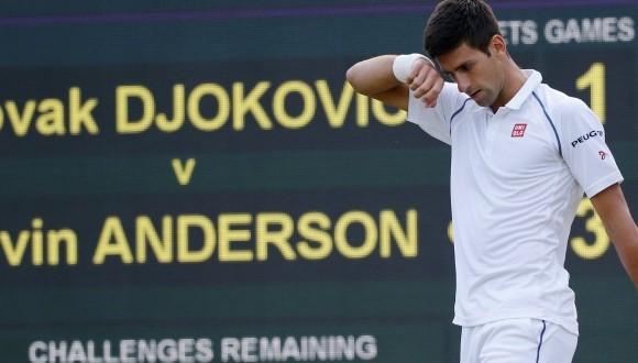 Wimbledon: Djokovic trema, ma avanza. Il quadro dei quarti maschili