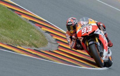 MotoGP Aragon: Marquez in pole, Rossi sesto