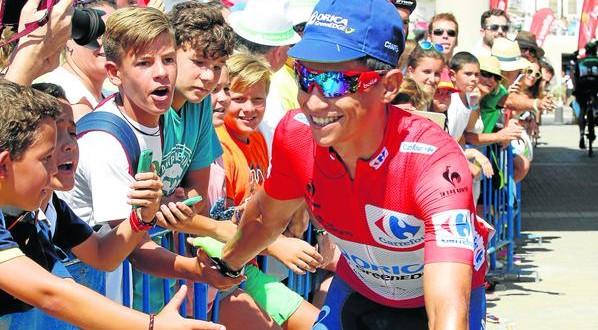 Vuelta 2015, Chaves si tinge nuovamente di rosso
