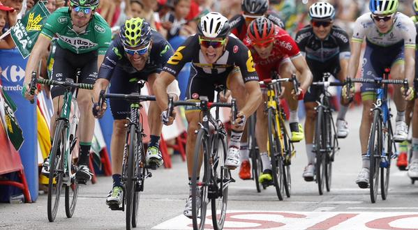 Vuelta 2015, sprint azzurro: Kristian Sbaragli-a gli avversari!