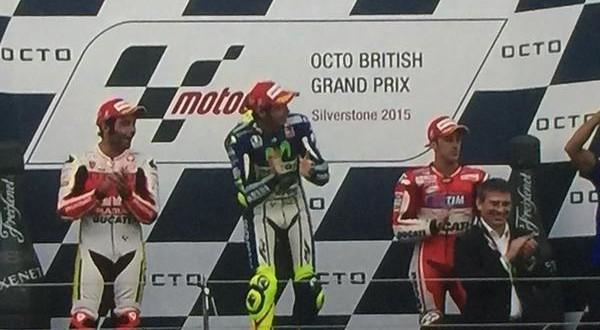 MotoGP Gran Bretagna, tripudio Italia: tris Rossi-Petrucci-Dovizioso