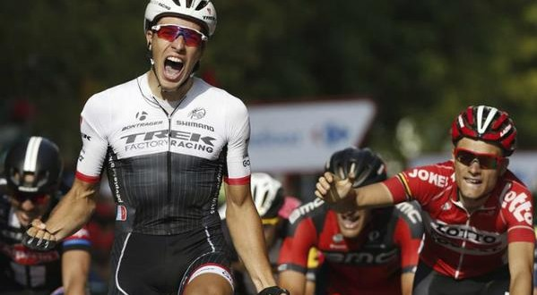 Vuelta 2015, sprint vincente di Danny Van Poppel