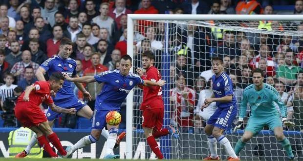 Premier League: Arsenal e City a braccetto, Ranieri 3°. E Mou? Altro k.o.