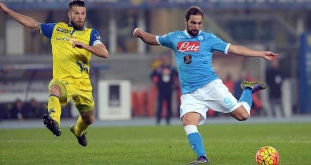 Serie A: squilli di Roma e Napoli; la Juve rialza resta la testa