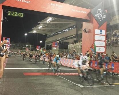 Abu Dhabi Tour 2015, ancora Viviani davanti a Sagan! A Chaves la generale