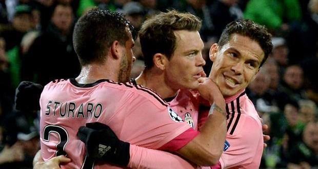 Champions, M'gladbach-Juve 1-1: pari tutto cuore, ottavi più vicini