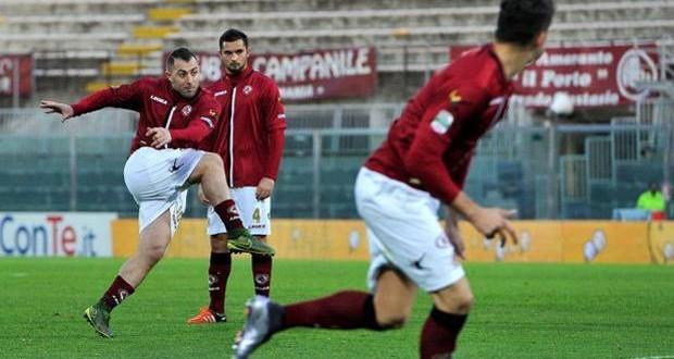 Serie B, 18ᴬ giornata: il Livorno frena il Cagliari, salgono Brescia e Pescara