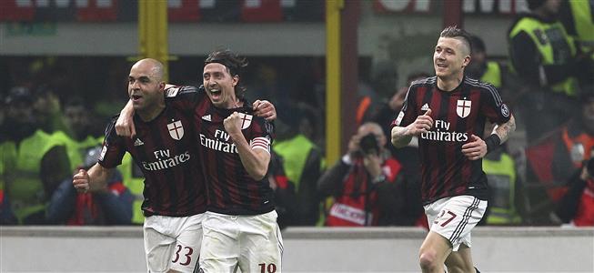 Serie A, 22ᴬ: Milan-Inter 3-0, il Diavolo manda all'inferno Mancini