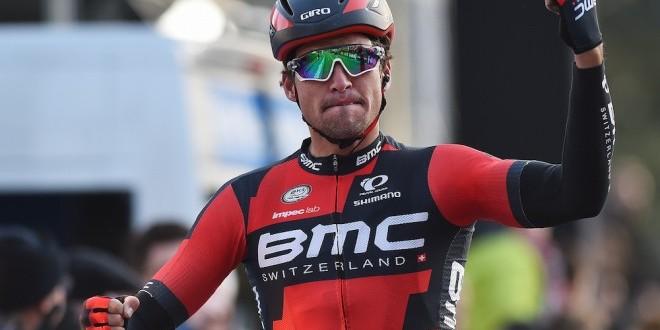Het Nieuwsblad 2016, Van Avermaet davanti a Sagan