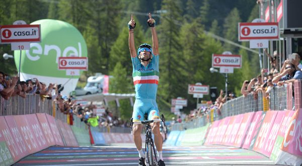 Giro 2016, Sant'Anna di Vinadio giudice: Chaves ci crede, Nibali spera, Kruijswijk si dispera