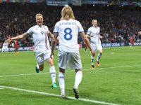 Bjarnason Islanda-Portogallo Euro 2016