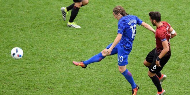 Euro 2016, alle 18 Rep. Ceca-Croazia: i balcanici possono chiudere la pratica