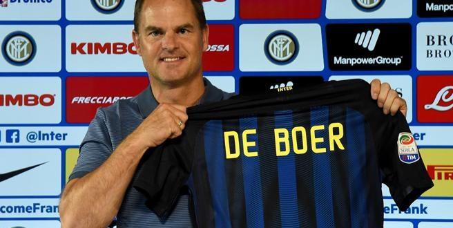 Inter, presentato De Boer: parte la nuova epoca nerazzurra