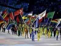 Portabandiera cerimonia chiusura Rio 2016, foto Getty