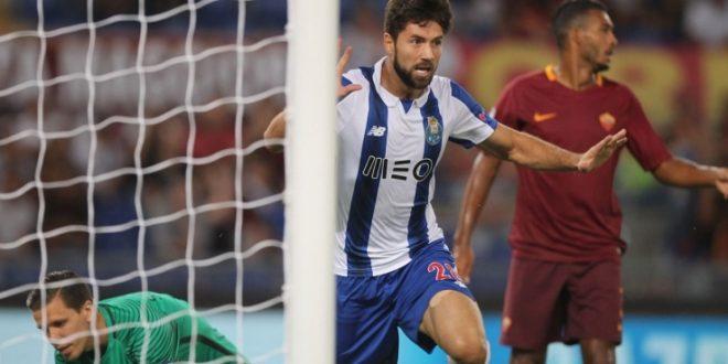 Playoff Champions League, la Roma si suicida: Porto corsaro 3-0, resta l'Europa League