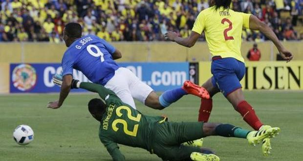 Argentina-Uruguay 1-0: Messi torna e segna, Dybala vede rosso