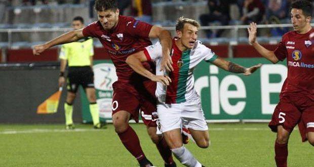 Serie B, 9ª giornata: Trapani-Ternana 2-2, Cosmi non rompe il digiuno