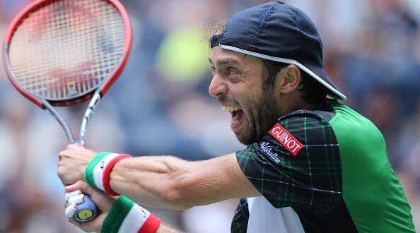 Tennis, ATP: a Shanghai debutto ok per Djokovic, avanti anche Lorenzi! WTA: bene la Kerber a Hong Kong