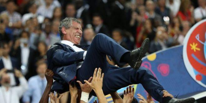 Iffhs, Fernando Santos miglior allenatore Nazionale: un tripudio per il portoghese