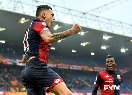 Milan, l'arrivo di Ocampos è ufficiale: prestito secco fino a giugno