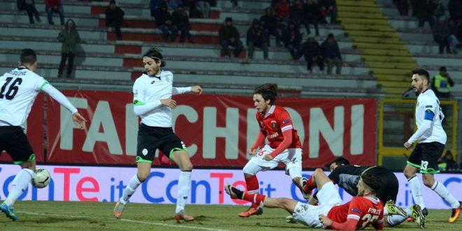Serie B, 22ª giornata: che spettacolo al Curi, Perugia-Cesena è 3-3!