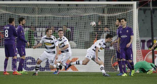 Europa League, 16/mi. Fiorentina, un harakiri pazzesco: 'Gladbach da 2-0 a 2-4, Viola a casa!