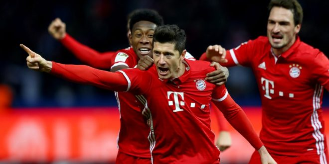 Bundesliga, 21ª giornata: Lewa salva-Bayern a Berlino al 96'; tris Dortmund, si rialza l'Hoffenheim