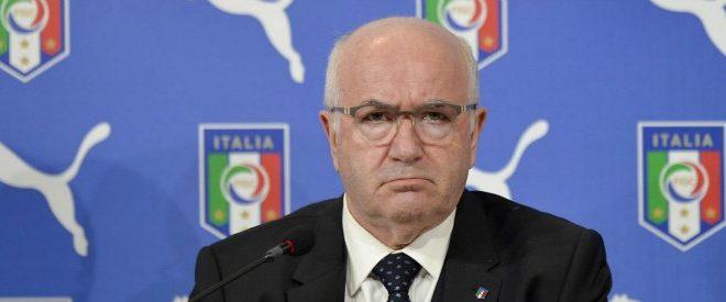 FIGC, Tavecchio se ne va: dimissioni furiose e cariche d'accuse