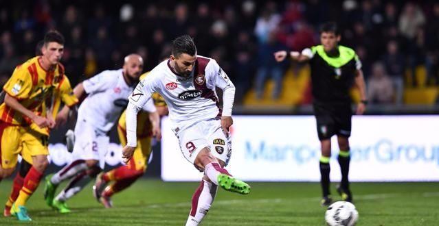 Serie B, 29ª giornata: il derby campano è di rigore, Benevento-Salernitana 1-1