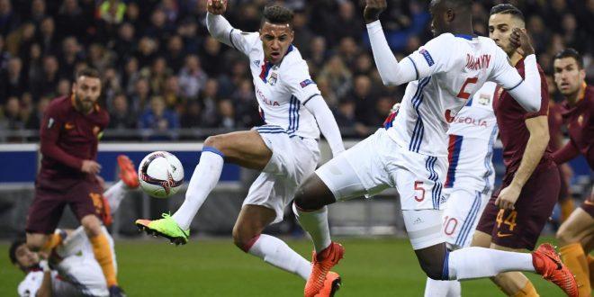 Europa League, ottavi: Lione-Roma 4-2, i giallorossi si fanno rimontare; ora serve l'impresa