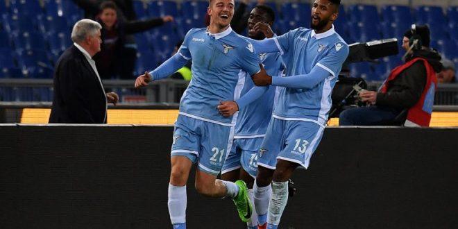 Coppa Italia, semifinali: la Lazio è padrona della Capitale, Roma surclassata 2-0