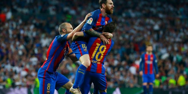 Liga, è un Clasico da pazzi: Real-Barcellona è 2-3, lo decide Messi all'ultimo secondo!