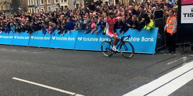 Tour de Yorkshire 2017, Bouhanni si prende la seconda ad Harrogate