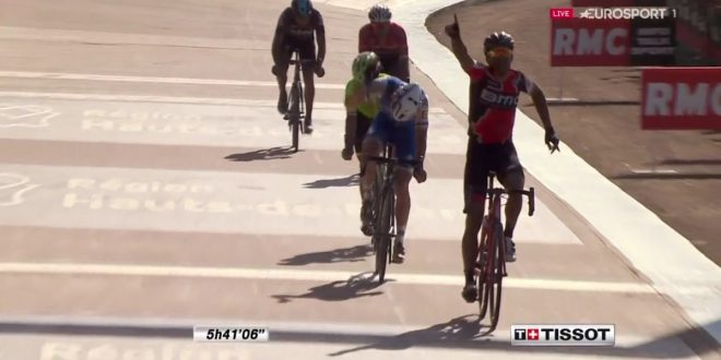 Parigi-Roubaix 2017, monumentale Greg Van Avermaet!
