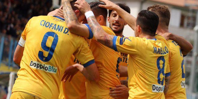 Serie B, 40ª giornata: Verona e Frosinone vincono, i playoff si fanno lontani