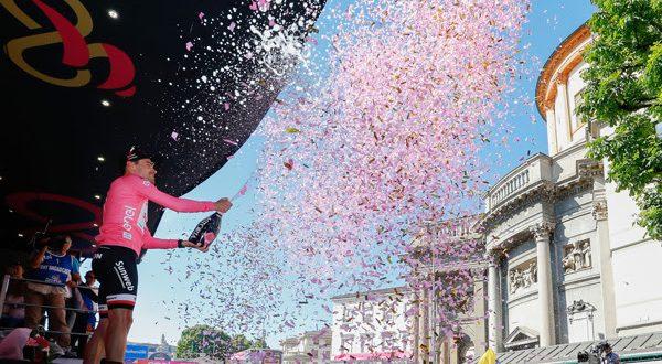 Un tulipano rosa: Tom Dumoulin vince il Giro 100!