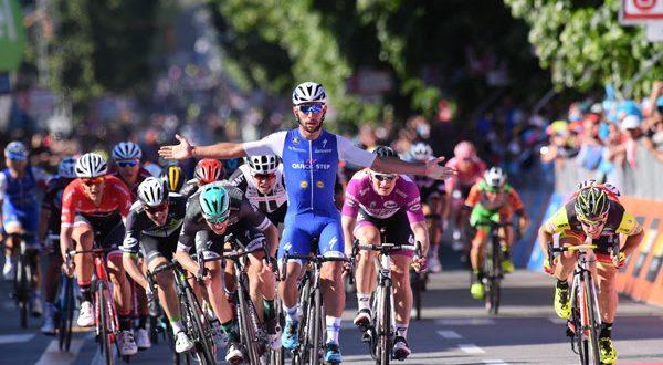 Giro 100: strapotere Gaviria, crescita Mareczko, gaffe Pibernik. Analisi e video highlights da Messina