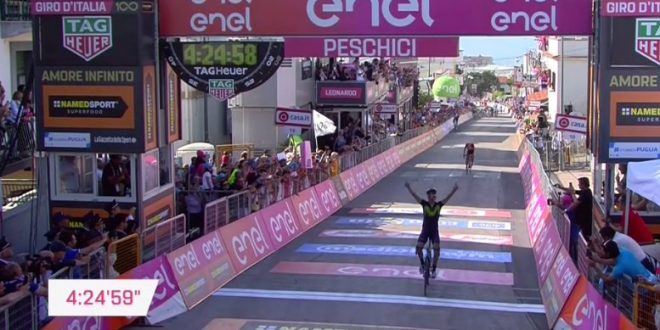 Giro d'Italia 2017, spettacolo a Peschici: Izaguirre davanti a Visconti