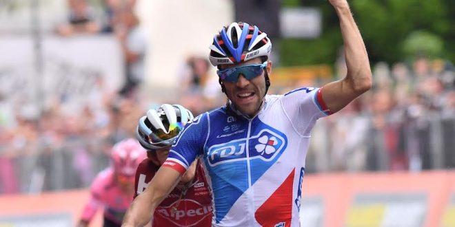 Giro d'Italia 2017: Pinot conquista Asiago, terzo Nibali. Dumoulin soffre, ma resta il favorito