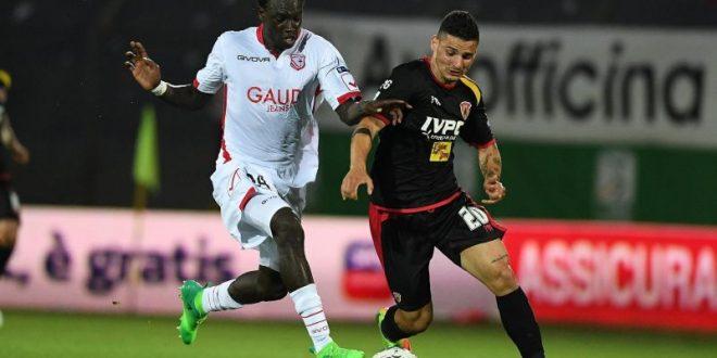 Serie B, finale playoff: Carpi-Benevento 0-0, tutto rinviato agli ultimi 90'