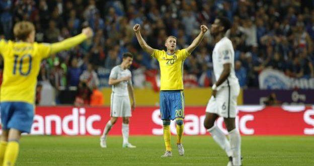 Qualificazioni Russia 2018: folle Lloris, la Francia si butta via; l'Olanda celebra Sneijder; CR7 ancora lui