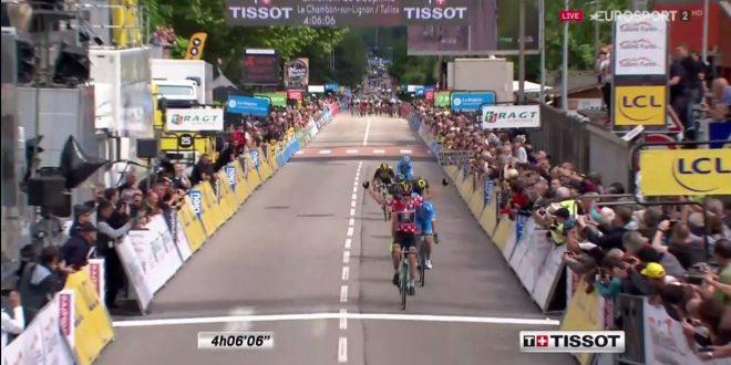 Giro del Delfinato 2017, Bouwman beffa il gruppo a Tullins