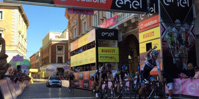 Giro d'Italia Under 23, Padun precede il nuovo leader Sivakov a Forlì