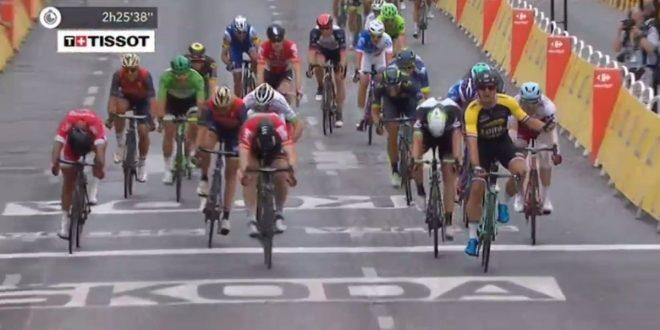 Tour de France 2017, Froome in trionfo a Parigi. Lampo Groenewegen sugli Champs-Élysées