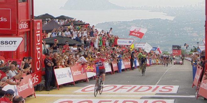 Vuelta a Espana 2017, Froome vince e convince a Cumbre del Sol: maglia rossa blindata