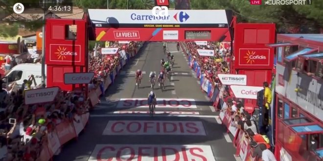Vuelta a Espana 2017, binomio vincente Quick Step-vento: tappa e maglia per Lampaert