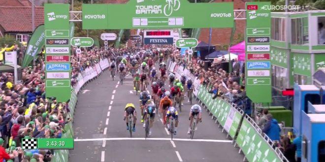 Tour of Britain 2017, Gaviria ritorna al successo. Secondo Viviani