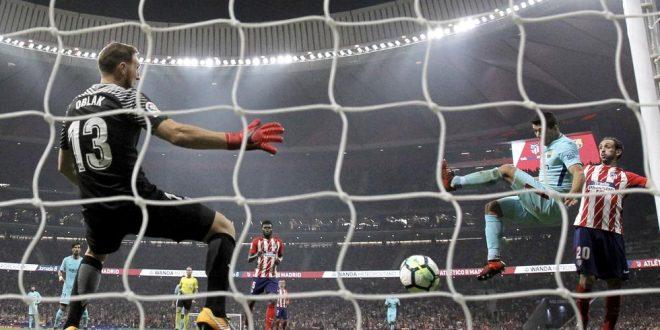 Liga, 8ª giornata: un tempo per parte, Atletico-Barcellona 1-1
